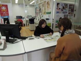 エイブルネットワーク富山中央店の接客写真
