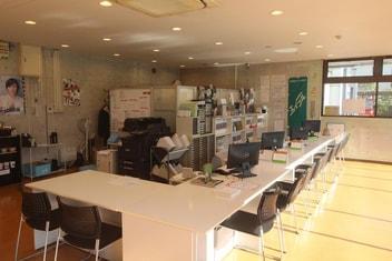 エイブルネットワーク庭瀬駅前店の内観写真