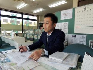 エイブルネットワーク伊賀上野店の接客写真