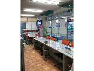 エイブルネットワーク西尾店の内観写真