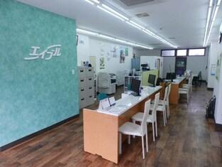 エイブルネットワーク四日市店の内観写真