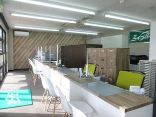 エイブルネットワーク長野店の内観写真