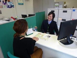 エイブルネットワーク長野駅前店の接客写真