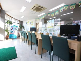 エイブルネットワーク宮崎神宮店の内観写真