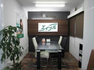 エイブルネットワーク加須店の内観写真