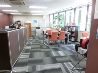 エイブルネットワーク上前津店の内観写真