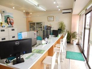 エイブルネットワーク桑名店の内観写真