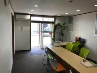 エイブルネットワーク八戸店の接客写真