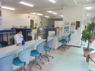 エイブルネットワーク牛久店の内観写真
